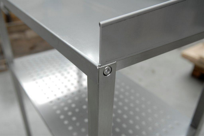 pflanztisch aus edelstahl profil 30x30 mm geschliffen. Black Bedroom Furniture Sets. Home Design Ideas